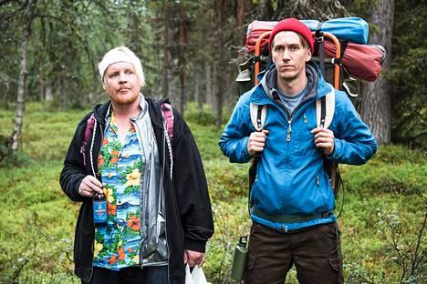 Kämäräinen (Santtu Karvonen) ja Janne (Jussi Vatanen) vaeltavat Lapissa ja  oppivat samalla jotain itsestään.