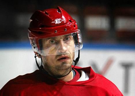 Ville Peltonen loukkaantui vajaat kaksi viikkoa sitten European Trophy -ottelussa.