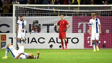 Suomen A-maajoukkueen unelmat ovat päättyneet pettymykseen kerta toisensa jälkeen. Lokakuussa 2015 haave EM-turnauspaikasta romuttui tasapeliin Romaniassa.