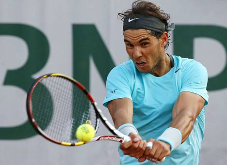 Espanjan Rafael Nadal otti välieräpaikan pienien alkuvaikeuksian jälkeen.