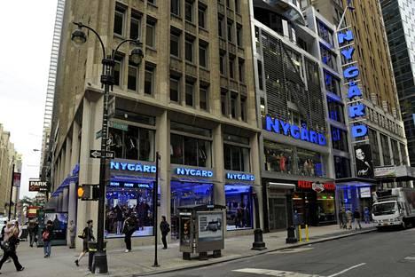 New Yorkin Nygård-muotiliikkeen tilat sijaitsevat Broadwaylla. Kuva vuodelta 2011.