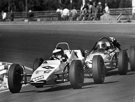 Mika Arpiainen ajoi kärjessä Keimolassa ajetussa Formula Veen Euroopan pohjoislohkon karsintakisassa vuonna 1970.