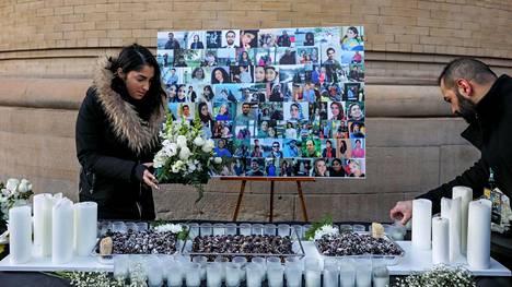 Iranissa alasammutun ukrainalaiskoneen uhreja muistettiin Kanadassa Torontossa järjestetyssä muistotilaisuudessa sunnuntaina.