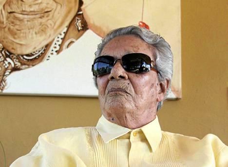 Laulaja Chavela Vargas oli kuollessaan 93-vuotias. Kuva on vuodelta 2011.