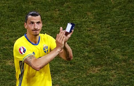Zlatan jätti jäähyväiset maajoukkueelle Ranskan EM-kisoissa.