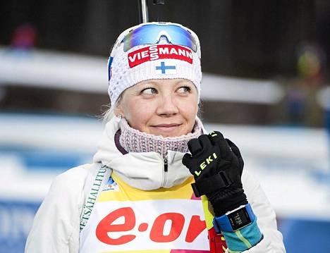 Kaisa Mäkäräinen voitti kahdesti kotiladuillaan.