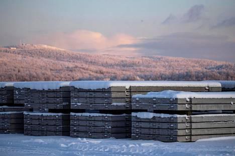 Ølen Betong -yhtiön betonilaattoja Murmanskissa Venäjällä 30. lokakuuta 2019.
