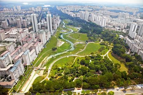 Singaporen uusi Bishan Park on kansainvälisesti palkittu pinta- ja hulevesiä hyödyntävä puisto.