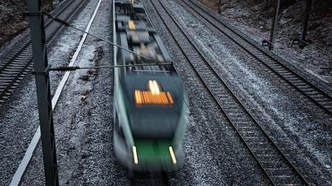Euroopan laajuinen tutkimushanke Restrail on kartoittanut keinoja estää tahallisia ja tahattomia kuolemia junaliikenteessä.