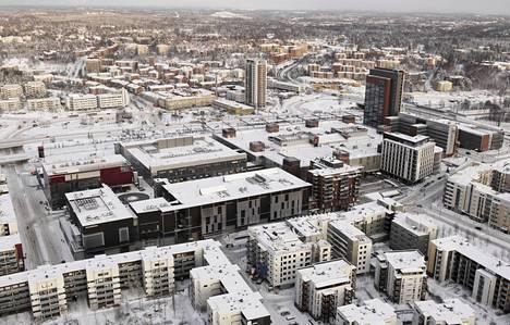 Kauppakeskus Sellon kortteli Espoon Leppävaarassa vuoden 2009 ilmakuvassa. Leppävaarankatu kulkee etualalla.