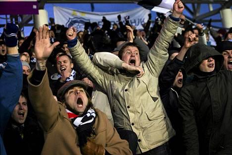 HJK:n kannattajat aiheuttivat seuralla 2000 euron sakot cup-finaalista.