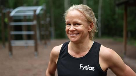 Tytti Åberg kertoo saavansa valtavasti voimaa uudesta urheilu-urastaan.