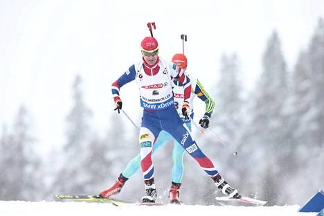 Ole Einar Bjørndalen otti uransa 20. mitalin ampumahiihdon MM-kisoissa.