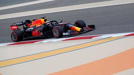 Red Bullin Max Verstappen ajoi kärkiajan Bahrainin GP:n kolmansissa harjoituksissa.