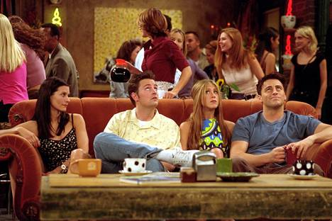 The protagonists of the Frendit series: Courteney Cox (Monica), Matthew Perry (Chandler), Jennifer Aniston (Rachel) and Matt LeBlanc (Joey).