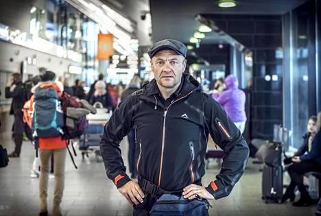 Ivar Heinmaa, 51, palasi kuvausmatkalta Etelä-Afrikasta Tallinnaan viime syksynä.