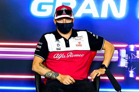 Kimi Räikkonen lehdistötilaisuudessa toukokuussa Espanjan GP:ssä.