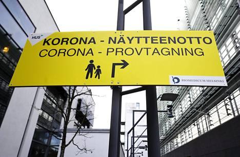 Koronavirustartuntojen määrä on ollut kasvussa etenkin Husin alueella. Kuvassa Meilahden sairaala-alue Helsingissä.