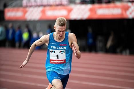 Kristian Pulli kisasi viime syksynä Ruotsi-ottelussa Tampereella.