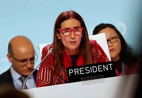 Ilmastokokousta johtava Chilen ympäristöministeri neuvotteluissa sunnuntain vastaisena yönä.