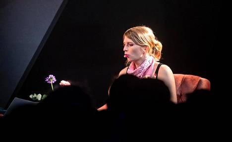 Tietoturva-asiantuntijana nykyisin työskentelevä Chelsea Manning kiertää maailmalla suosittuna puhujana. Heinäkuussa hän esiintyi Roskilden festivaalilla Tanskassa.