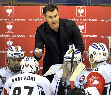 Miika Elomo oli tiistaina tarkkana ensimmäisessä ottelussaan TPS:n päävalmentajana. Ura alkoi Raumalla 4–3-voitolla Mestarien liigan pelissä Lukkoa vastaan. Yhteismaalit eivät kuitenkaan riittäneet jatkopaikkaan.