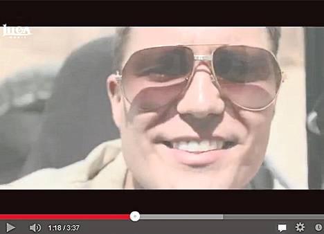 Suomalaisartisti Cheekin musiikkivideo Sokka Irti on katsottu Youtubessa yli kolme miljoonaa kertaa. Teosto neuvottelee Youtuben kanssa tekijänoikeuksista maksamisesta.