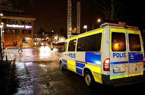 Rinkebyn lähiössä Tukholmassa puhkesi mellakoita 20. helmikuuta.