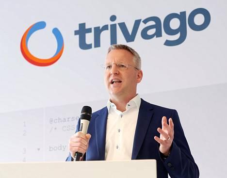 Trivago etsii tarjouksia monesta eri hakupalvelusta yhdellä kertaa. Trivagon yksi perustaja, Peter Vinnemeier, puhui Trivagon uuden toimistokampuksen avajaisissa lokakuussa 2018.
