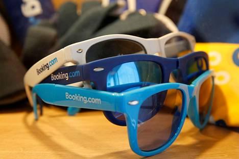 Booking.com on suosittu majoitusvälittäjä.