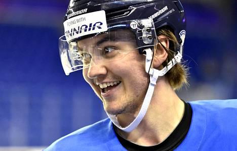 Leijonapuolustaja Oliwer Kaski on päässyt sopimukseen NHL-seura Detroit Red Wingsin kanssa.