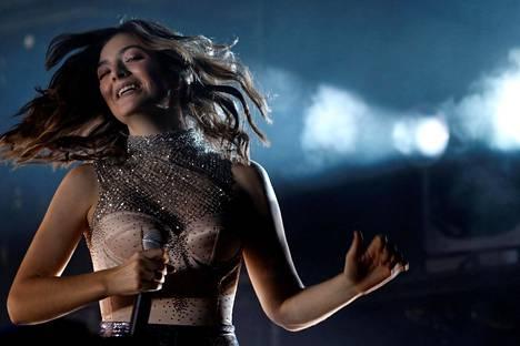 Uusiseelantilainen laulajatar Lorde lavalla Coachella-festivaaleilla sunnuntaina Indiossa Kaliforniassa.