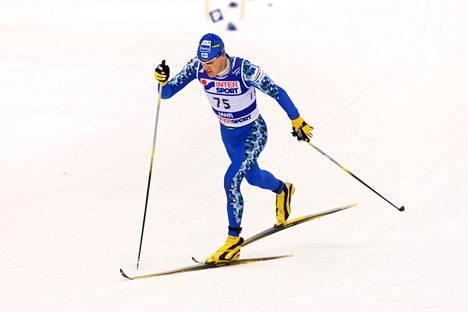 Jari Isometsä Lahden MM-kisojen 2001 perinteisellä 15 kilometrin taipaleella, joka muuttui Hemohes-käryksi.