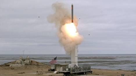 Yhdysvaltain puolustusministeriö julkaisi kuvan 18.8.2019 tehdystä ohjuskokeesta.