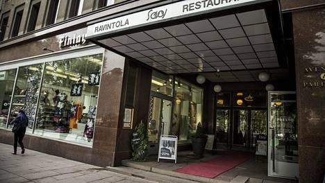 Noho Partners omistaa nykyään myös Royal Ravintolat, johon Helsingissä sijaitseva Savoykin kuuluu.