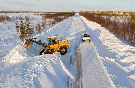 Tänä talvena Suomi on ollut mustavalkoinen: Etelä-Suomessa lunta ei ole, mutta Lappi on ennätysluminen.