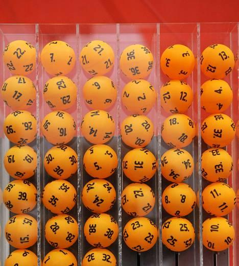 Veikkaus maksaa Ylelle lottolähetyksistä.