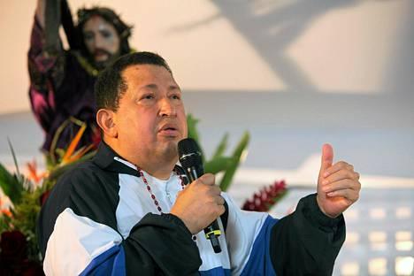 Hugo Chavez puhui hänen tervehtymisekseen pidetyssä messussa. Venezuelan presidentinkanslian julkaisema kuva.