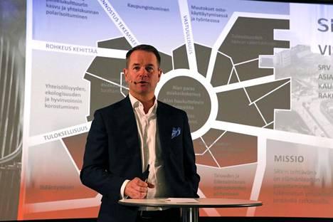 """""""Kun Suomessa rakentaminen laskee, tietyt kaupunkiseudut voivat samanaikaisesti säilyä vahvoina"""", SRV:n toimitusjohtaja Saku Sipola selittää markkinoiden eriytymistä."""