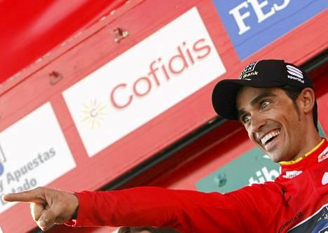 Alberto Contador oli juhlatuulella jo lauantaina.