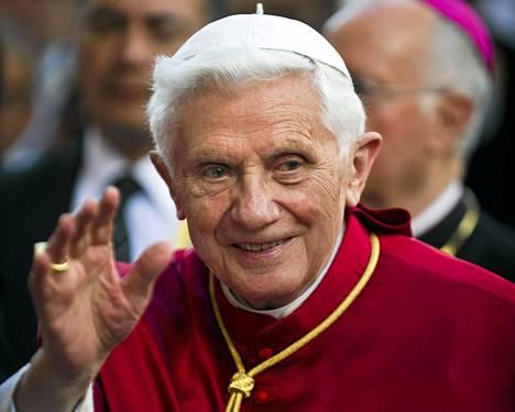 Paavi Benedictus XVI matkustaaa tänään Meksikosta Kuubaan.