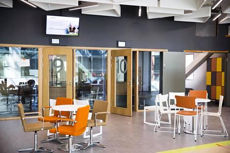 Espooseen halutaan keskittää yhä enemmän kirjastopalveluita aluekirjastoihin kuten Ison Omenan kirjastoon. Tämä voi heikentää pienten lähikirjastojen palveluita.