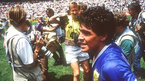 Diego Maradona muistetaan erityisesti kahdesta maalistaan Englannin verkkoon 22. kesäkuuta 1986.