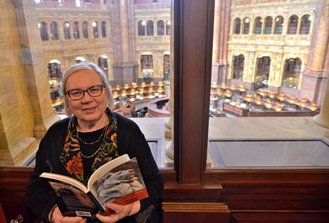 Taru Spiegelin vastuulla Yhdysvaltain kansalliskirjastossa ovat Pohjoismaat, Viro, Hollanti sekä Belgian flaaminkielinen kirjallisuus.
