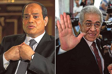 Kenraali Abdel Fattah al-Sisi on muuttanut kampanjassaan imagoaan pukeutumalla siviilivaatteisiin. Ainoa vastaehdokas Hamdeen Sabahi on vältellyt arvostelemasta Sisiä avoimesti.