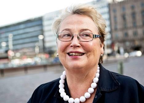 Anja Kummila, Helsinki<BR/><laiha>&#34;Oli tunne, että olin itsekin mukana tekemässä historiaa. Se ei tuntunut todelliselta. Katselimme sitä telkkarista perheen kanssa Hämeenlinnassa. Olin 24-vuotias.&#34;<BR/></laiha>