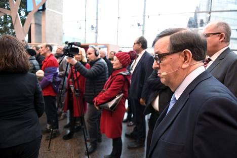 Paavo Väyrynen (kannatusyhdistys) osallistui maanantaina Sanomatalossa tilaisuuteen, jossa presidenttiehdokkaat keskustelivat ajankohtaisista aiheista.
