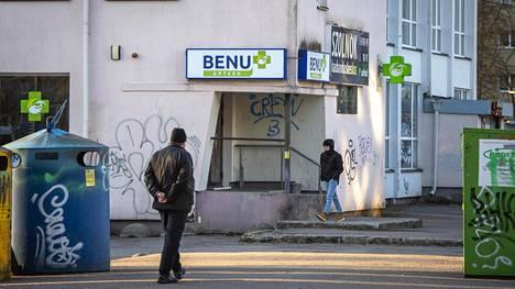 Virossa nenäsumutetta myy ainoastaan Benu-apteekkiketju.