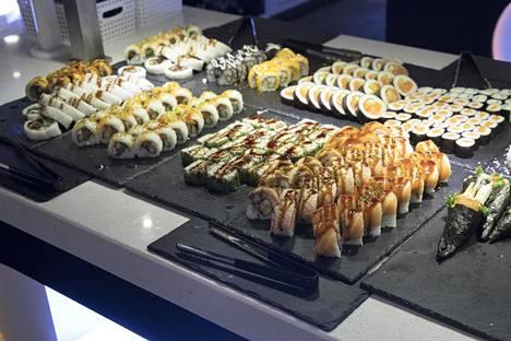 Itsudemo on noussut asiakkaiden suosioon seisovasta pöydästä tarjoillulla sushilla. Nyt ketju keskittyy take away -annoksiin.