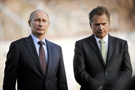 Presidentit Vladimir Putin ja Sauli Niinistö Turussa kesäkuussa 2013.